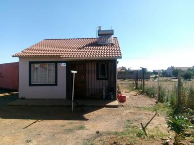 Property For Sale in Lufhereng, Soweto
